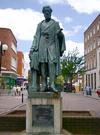 Lord Courtenay statue